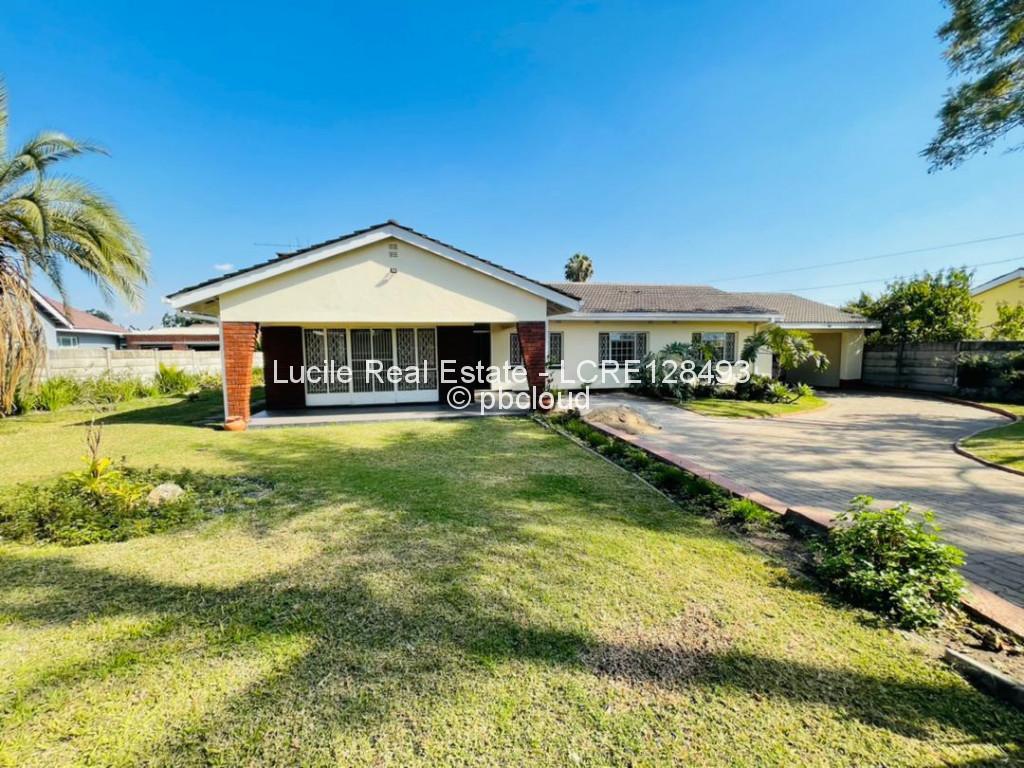 4 Bedroom House to Rent in Parktown