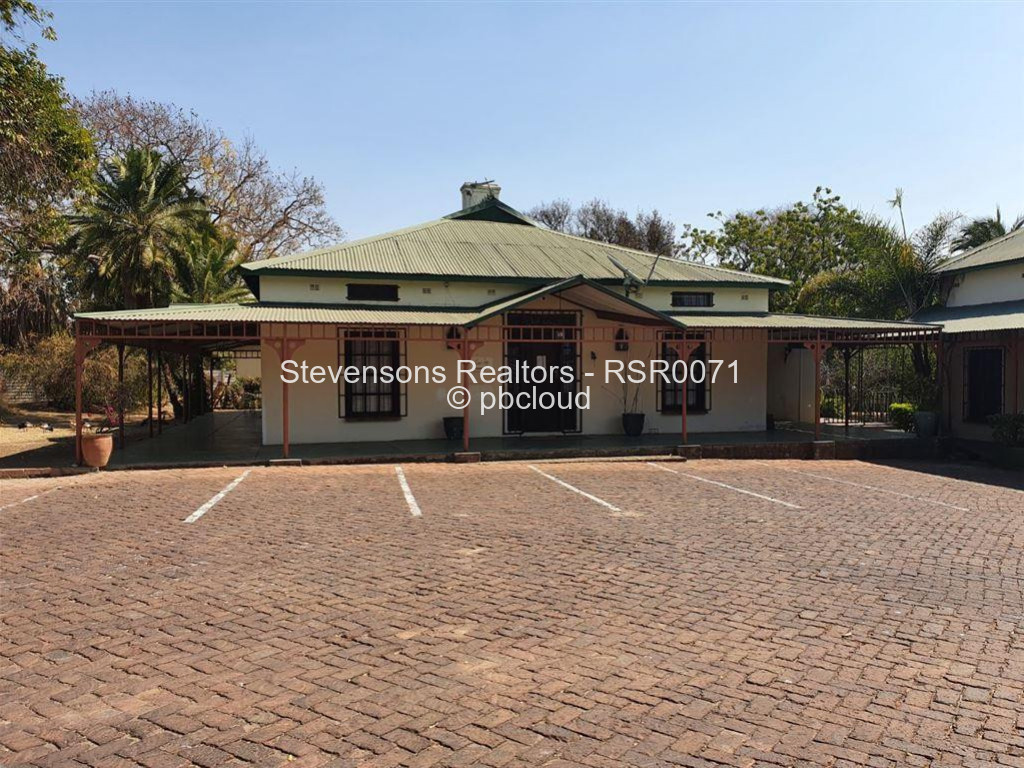 Commercial Property to Rent in Newlands