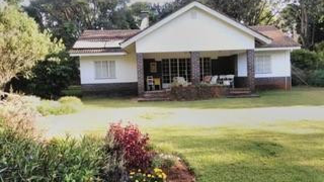 2 Bedroom House to Rent in Borrowdale