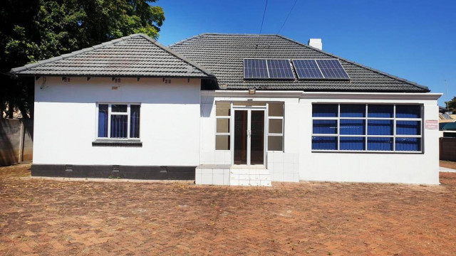 Commercial Property to Rent in Avondale