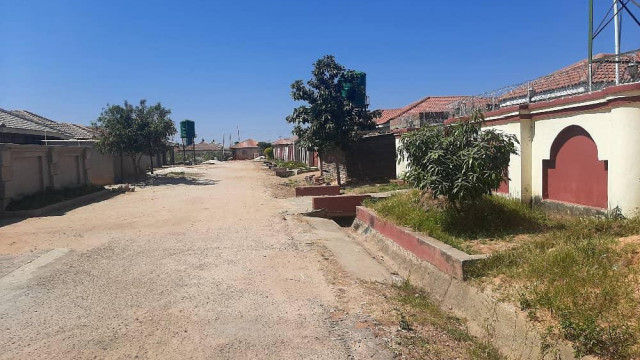 Stand for Sale in Ruwa
