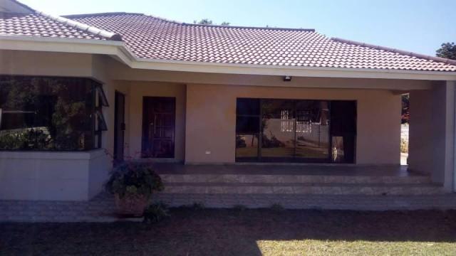 2 Bedroom Cottage/Garden Flat to Rent in Greendale
